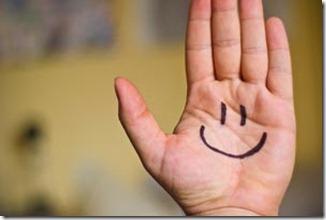 smile na mão